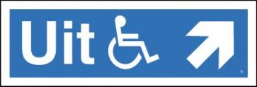 Schuin rechts voor de rolstoel-uitgang